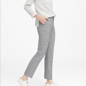 Banana Republic Ryan Straight Fit Pant Sz 4 NWOT